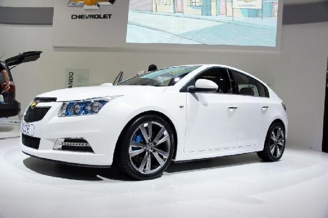 Chevrolet-cruze-hatchback