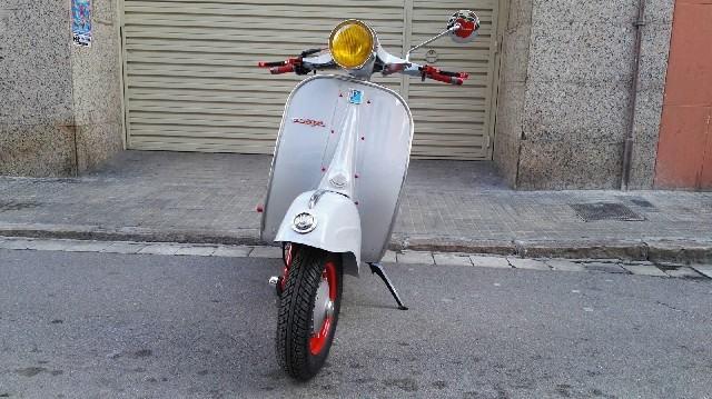moto vespa antigua de ocasión